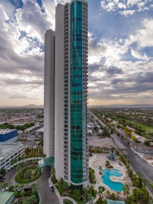 Turnberry Towers 6